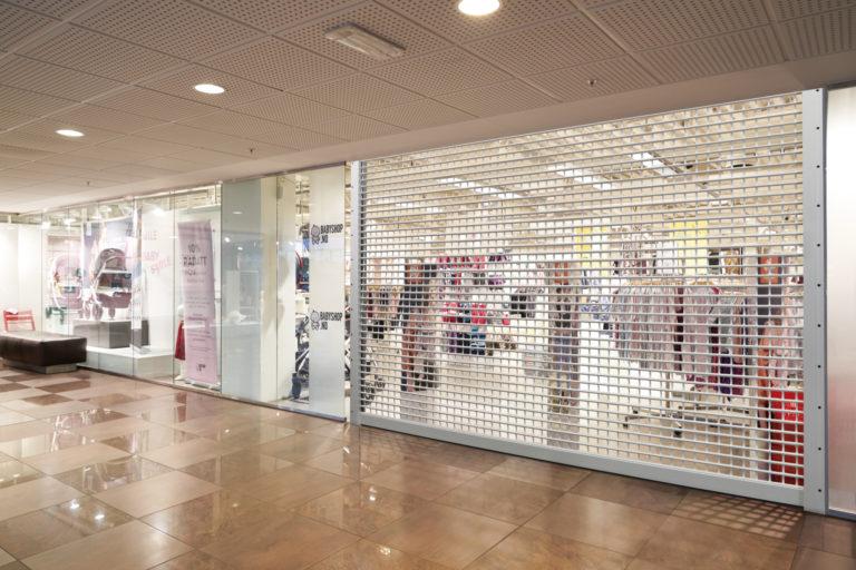 Eleganckie i bezpieczne zamknięcie sklepowe ShopRoller SR firmy Hörmann